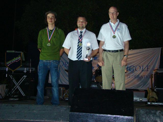 links 2. Platz Marco Templin (GER) - Mitte 1. Platz Marcel Noack (GER) - rechts 3. Platz Roger Cadosch (SUI)