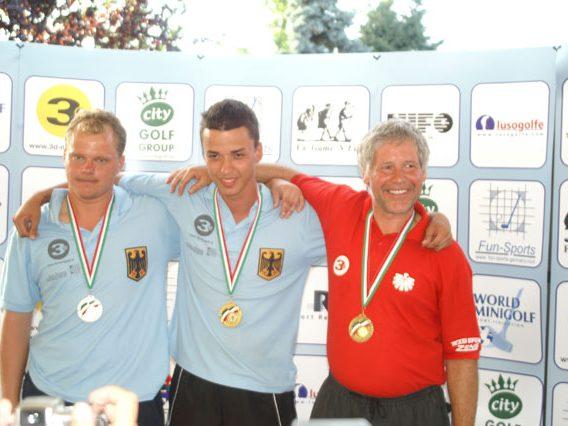 links 2. Platz Marco Balzer (GER) - Mitte 1. Platz Marco Termplin (GER) - rechts 3. Platz Christian Freilach (AUT)