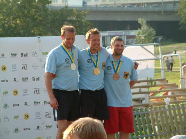 links 2. Platz Harald Erlbruch (GER) - Mitte 1. Platz Walter Erlbruch (GER) - rechts 3. Platz Marcel Noack